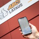 ABC-lataus siirtyy mobiiliaikaan – valtakunnallinen latausverkosto laajenee ripeästi